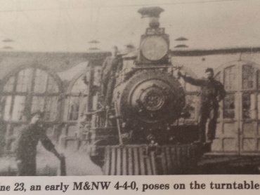Engine on the turntable